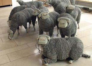 Telephone Sheep - Jean Luc Cornec (Google)
